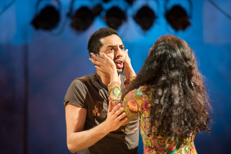 Bhavin Bhatt & Sakuntala Ramanee, Bring on the Bollywood © Nicola Young