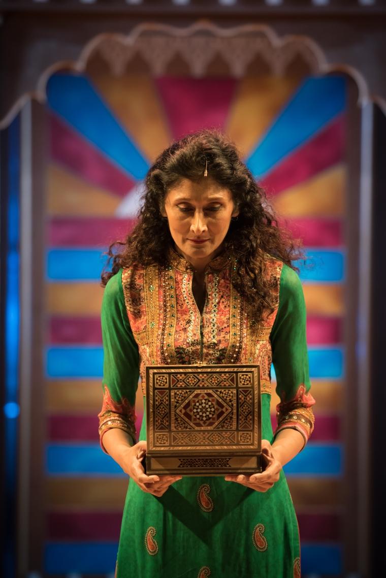 Sakuntala Ramanee as Lalita Pawar - Credit Nicola Young.jpg